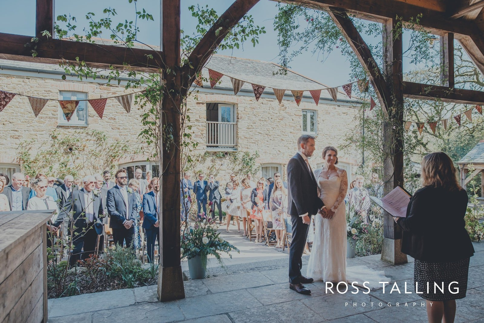 Claire & Rich's Wedding Photography Cornwall_0042