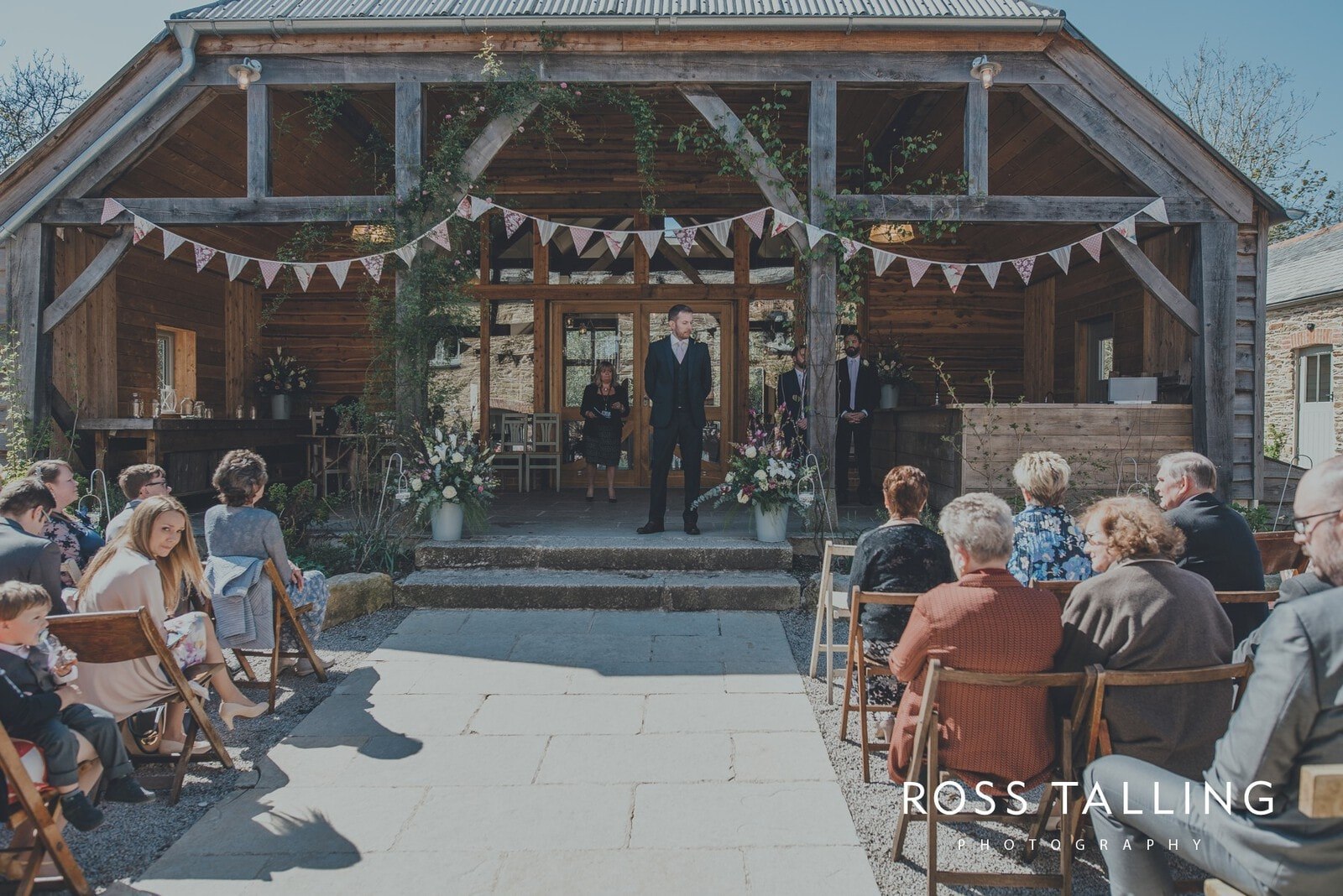 Claire & Rich's Wedding Photography Cornwall_0033