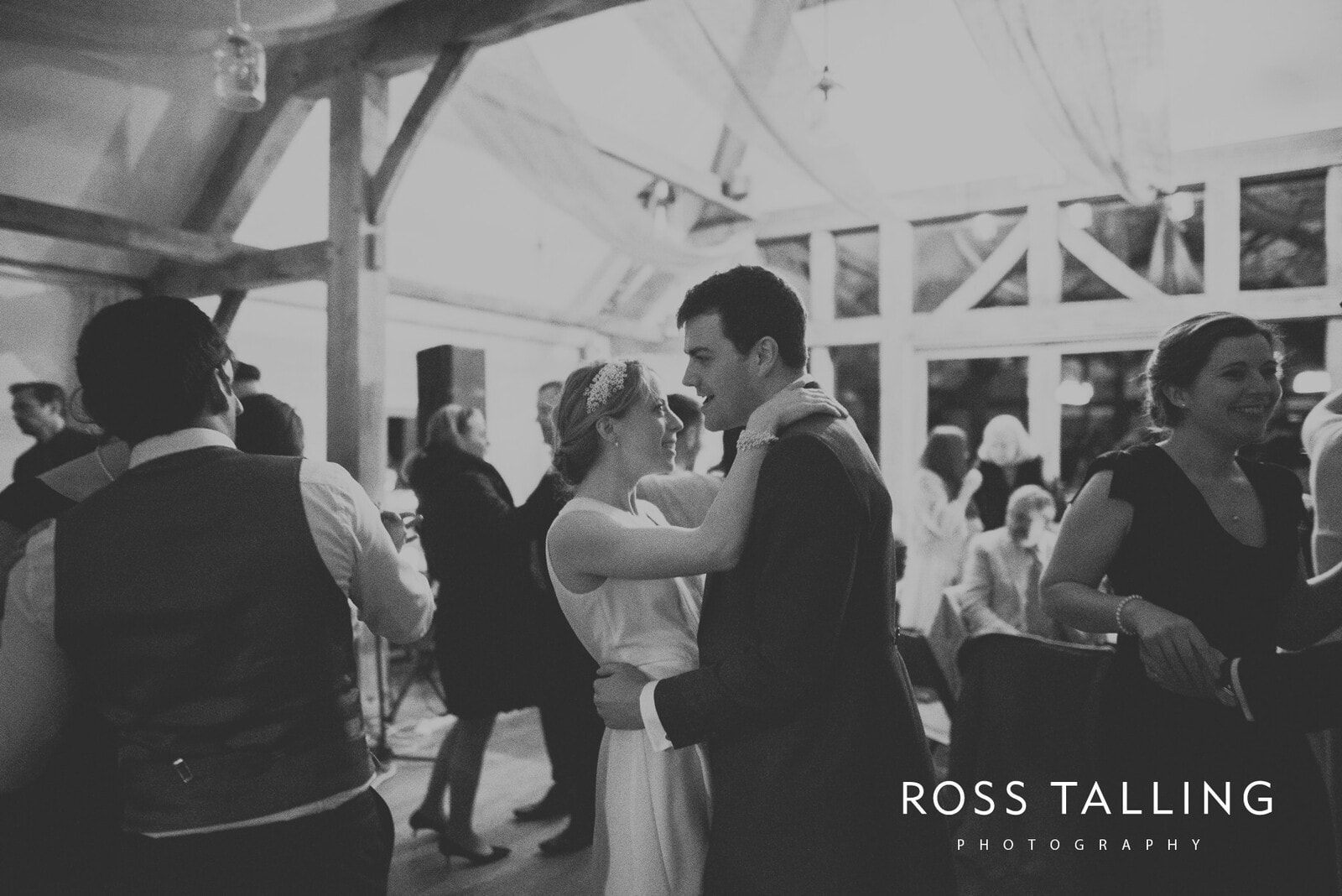 Bonnie & James Wedding Photography Cornwall_0164
