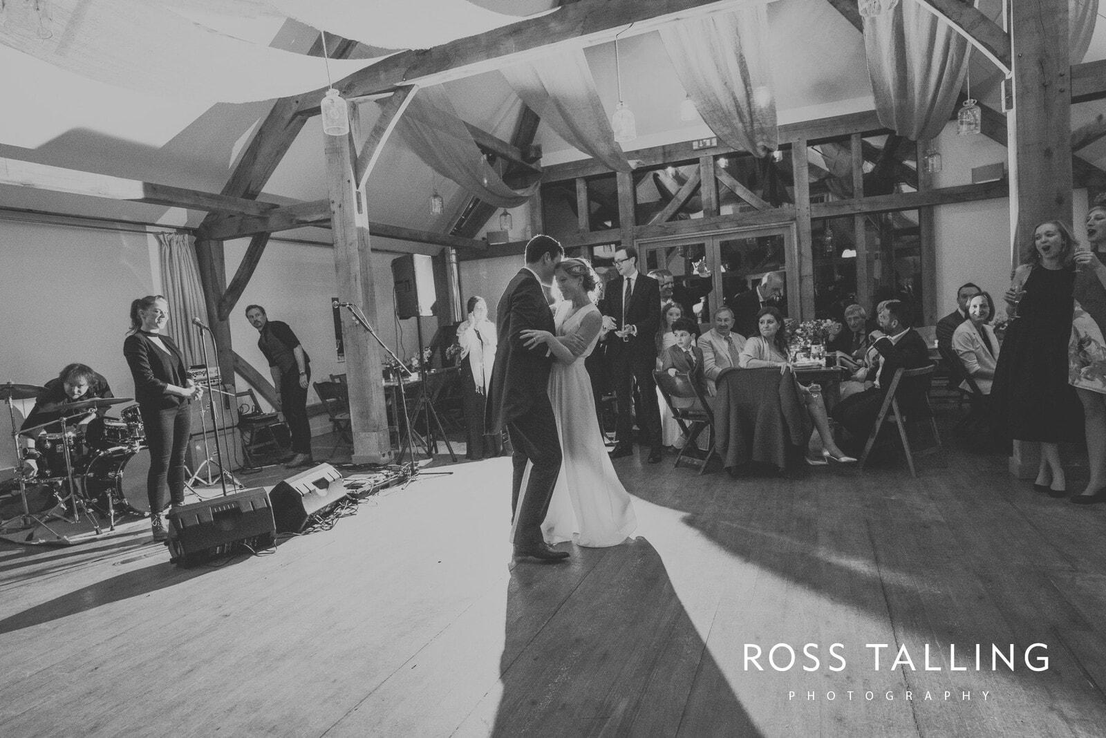Bonnie & James Wedding Photography Cornwall_0162