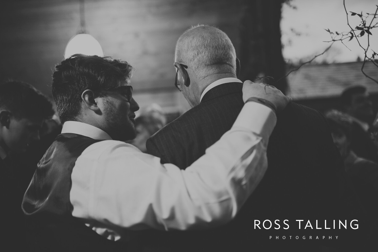 Bonnie & James Wedding Photography Cornwall_0159