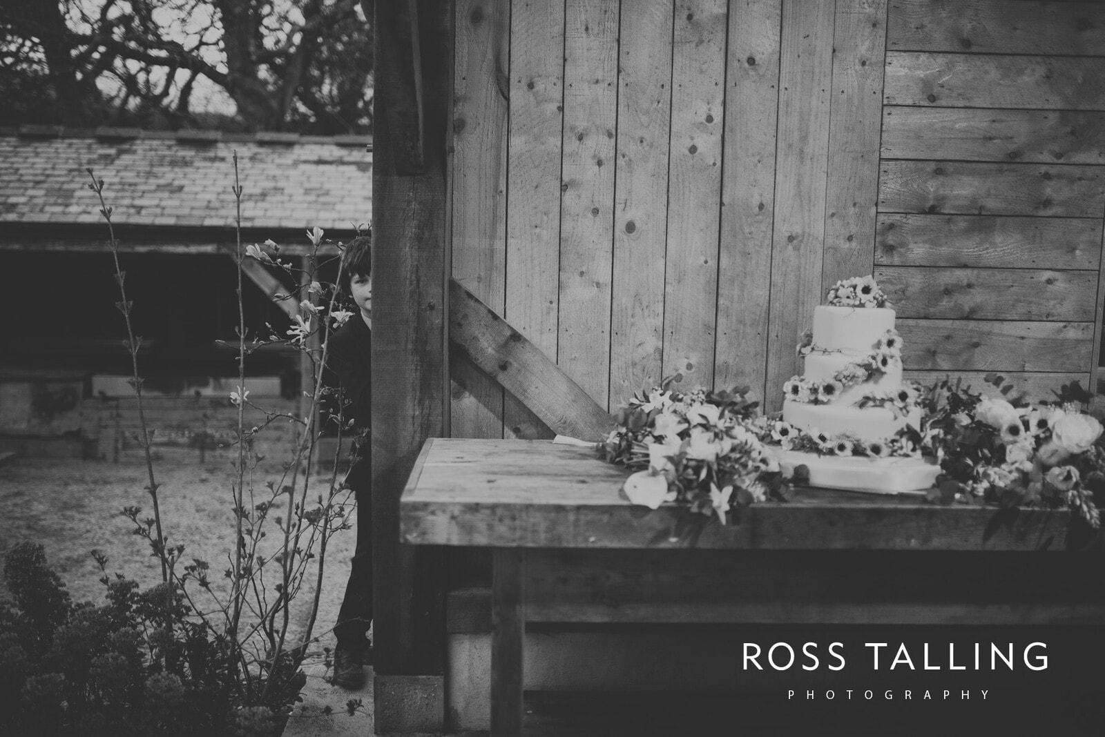 Bonnie & James Wedding Photography Cornwall_0157