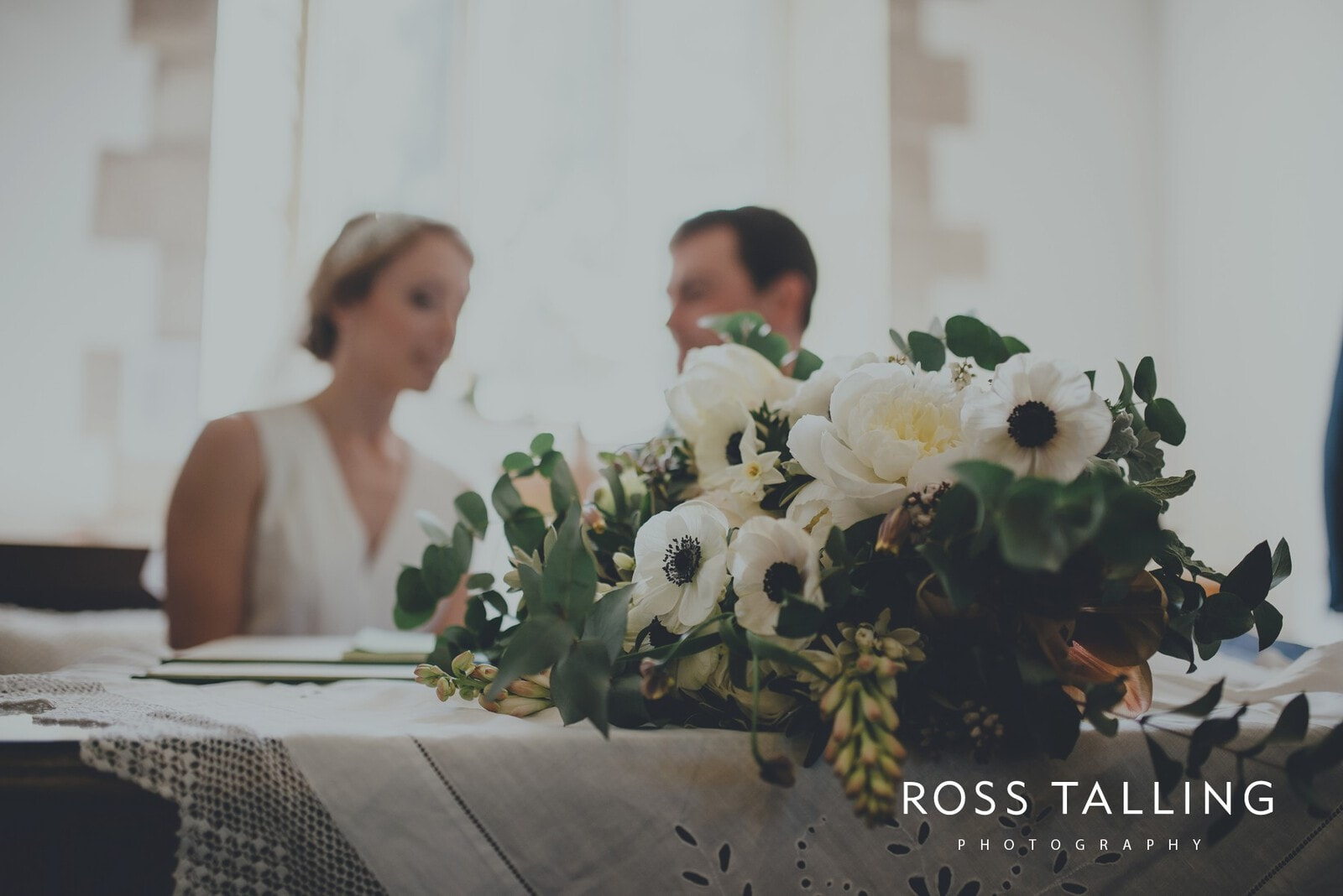 Bonnie & James Wedding Photography Cornwall_0087