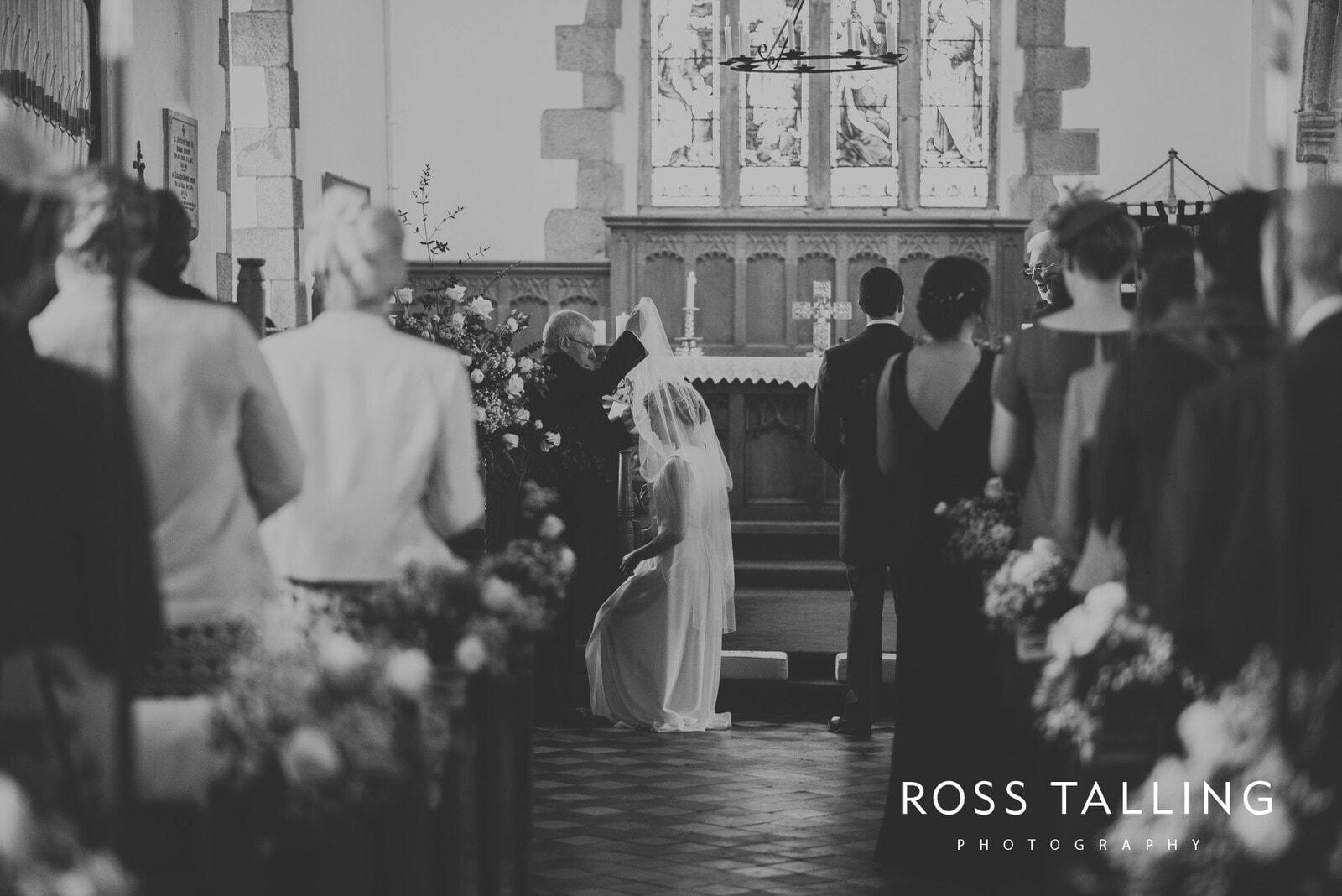 Bonnie & James Wedding Photography Cornwall_0070