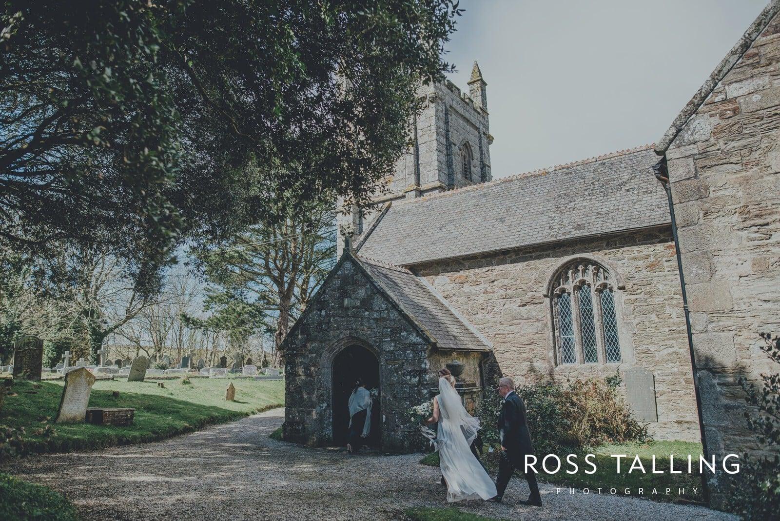 Bonnie & James Wedding Photography Cornwall_0061