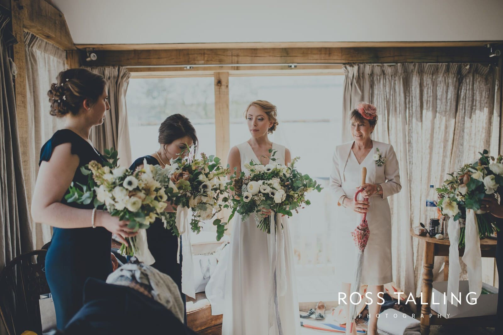 Bonnie & James Wedding Photography Cornwall_0048