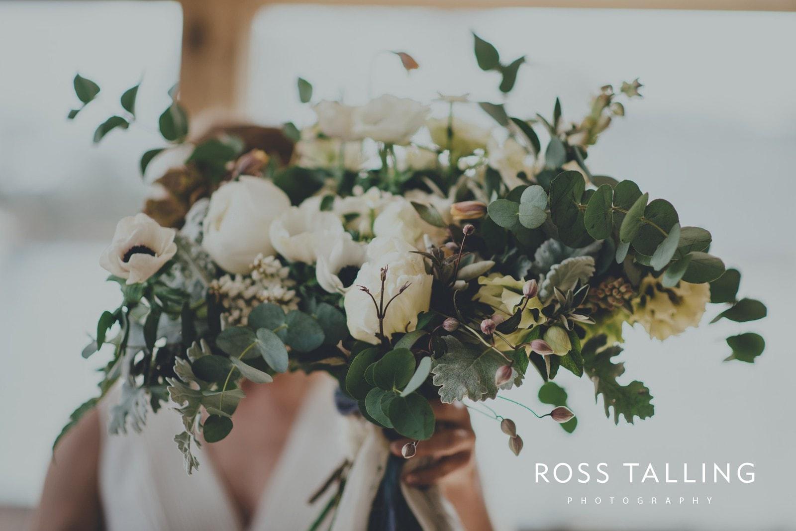 Bonnie & James Wedding Photography Cornwall_0047