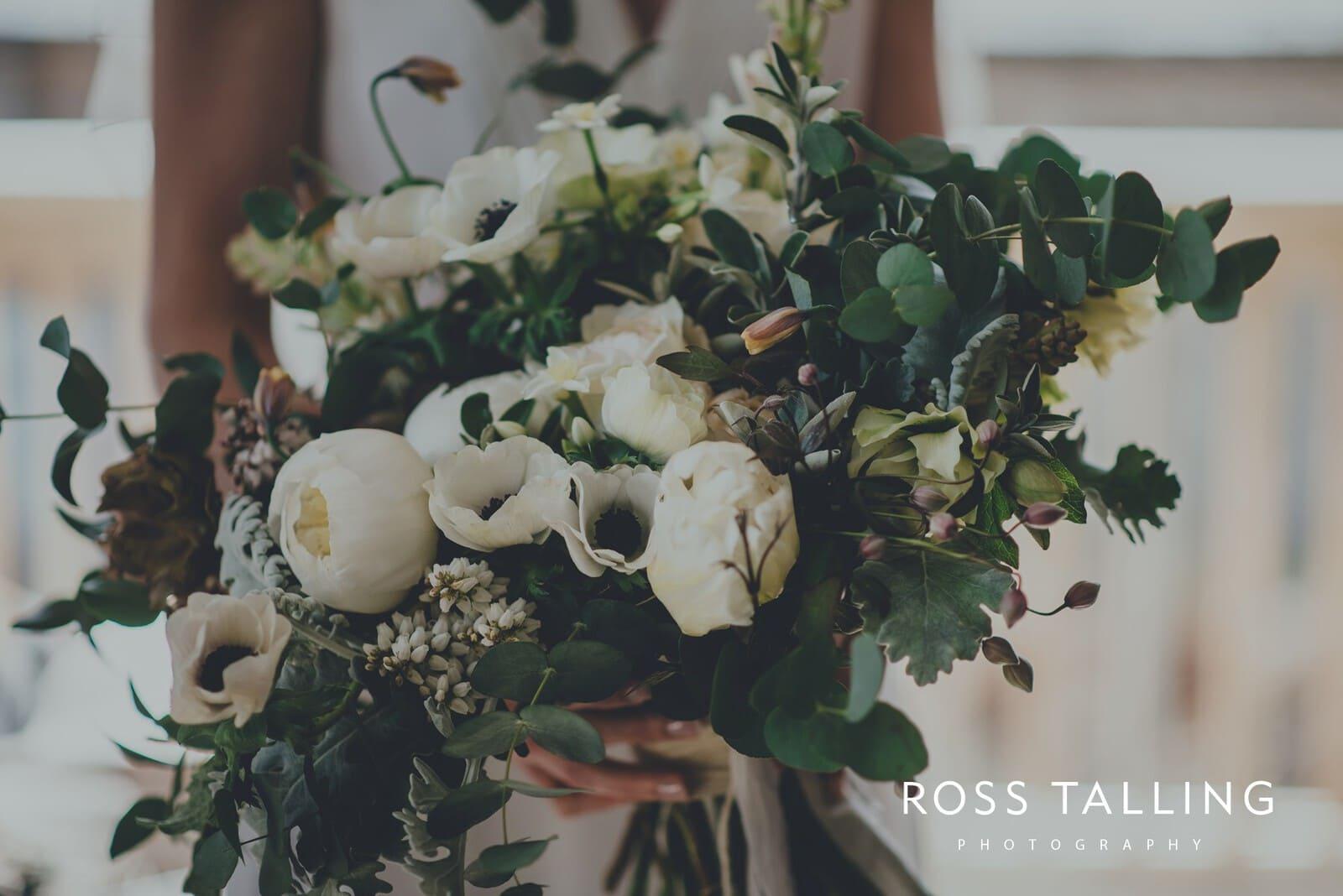 Bonnie & James Wedding Photography Cornwall_0045