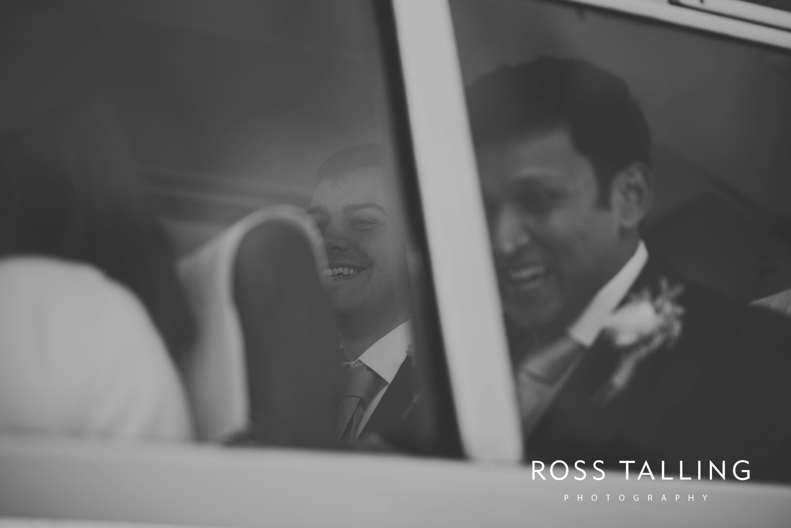 Bonnie & James Wedding Photography Cornwall_0042
