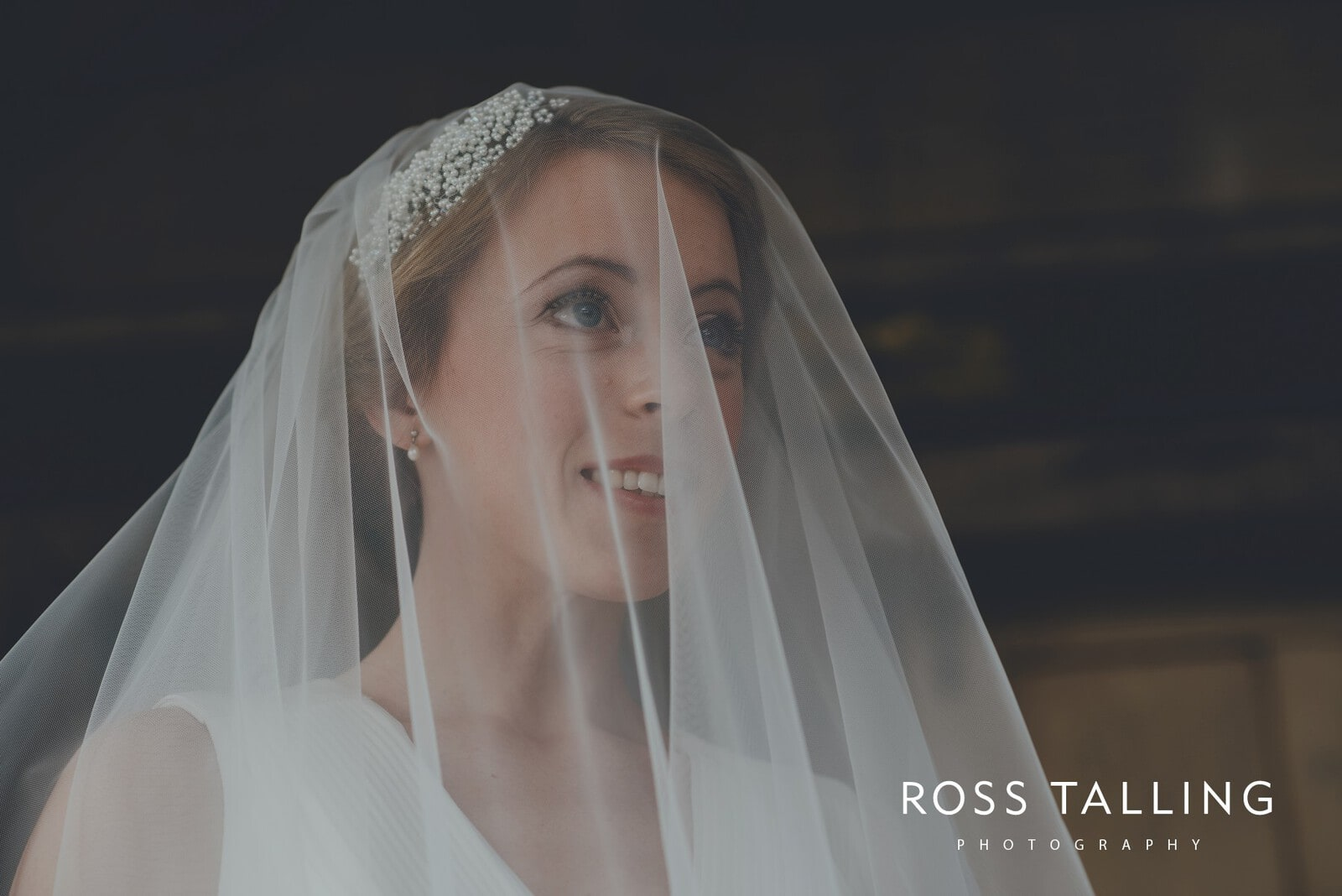 Bonnie & James Wedding Photography Cornwall_0038