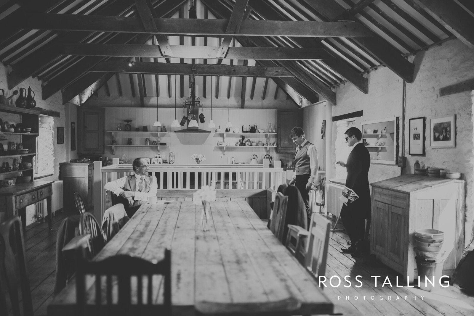 Bonnie & James Wedding Photography Cornwall_0014