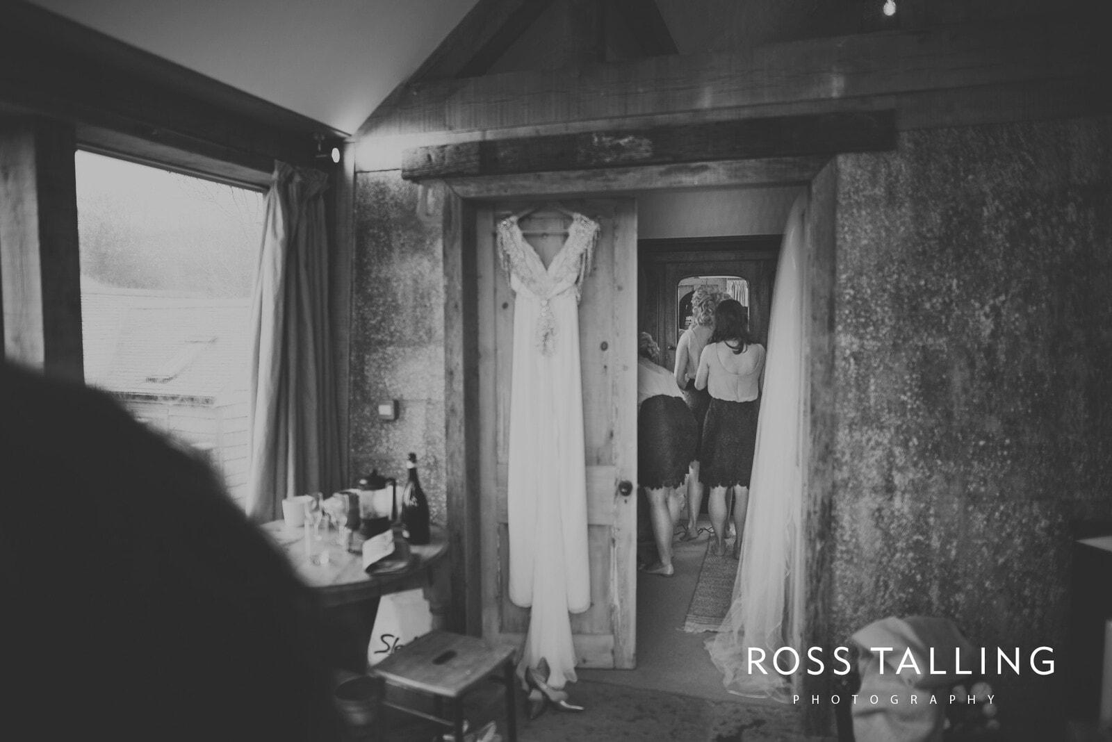 Emma & Paul Cornwall Wedding Photography_0037