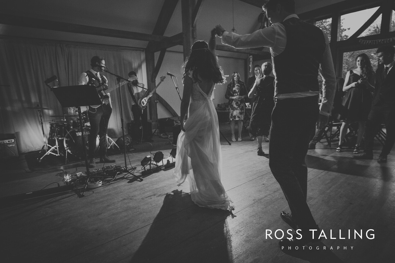 Melanie & Sean's Nancarrow Farm Wedding Photography Cornwall_0154