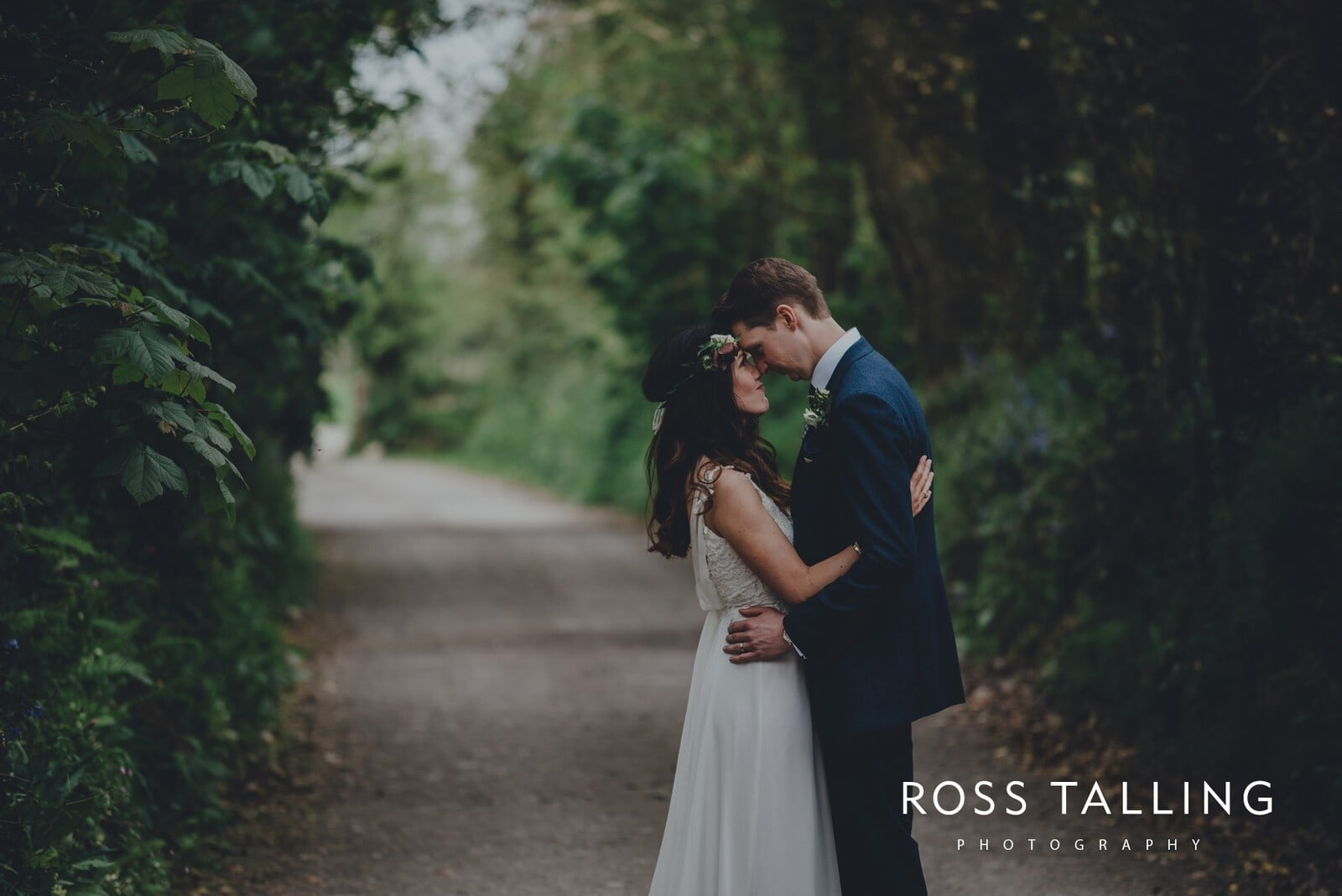 Melanie & Sean's Nancarrow Farm Wedding Photography Cornwall_0094