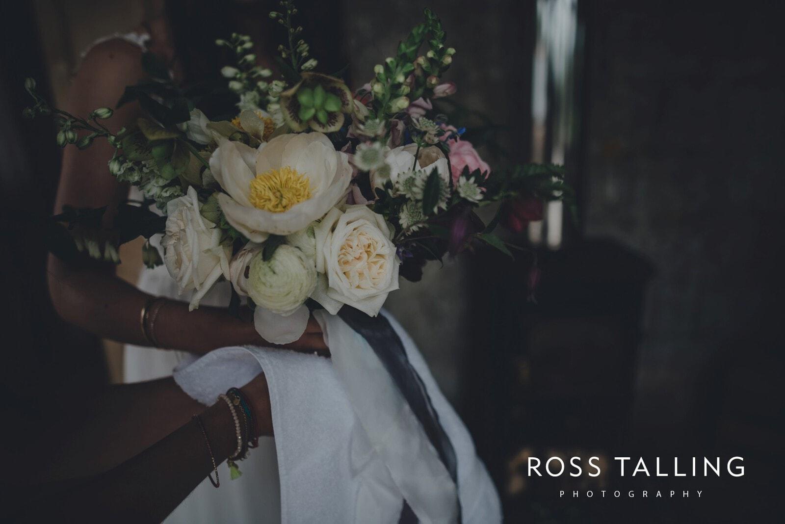 Melanie & Sean's Nancarrow Farm Wedding Photography Cornwall_0021