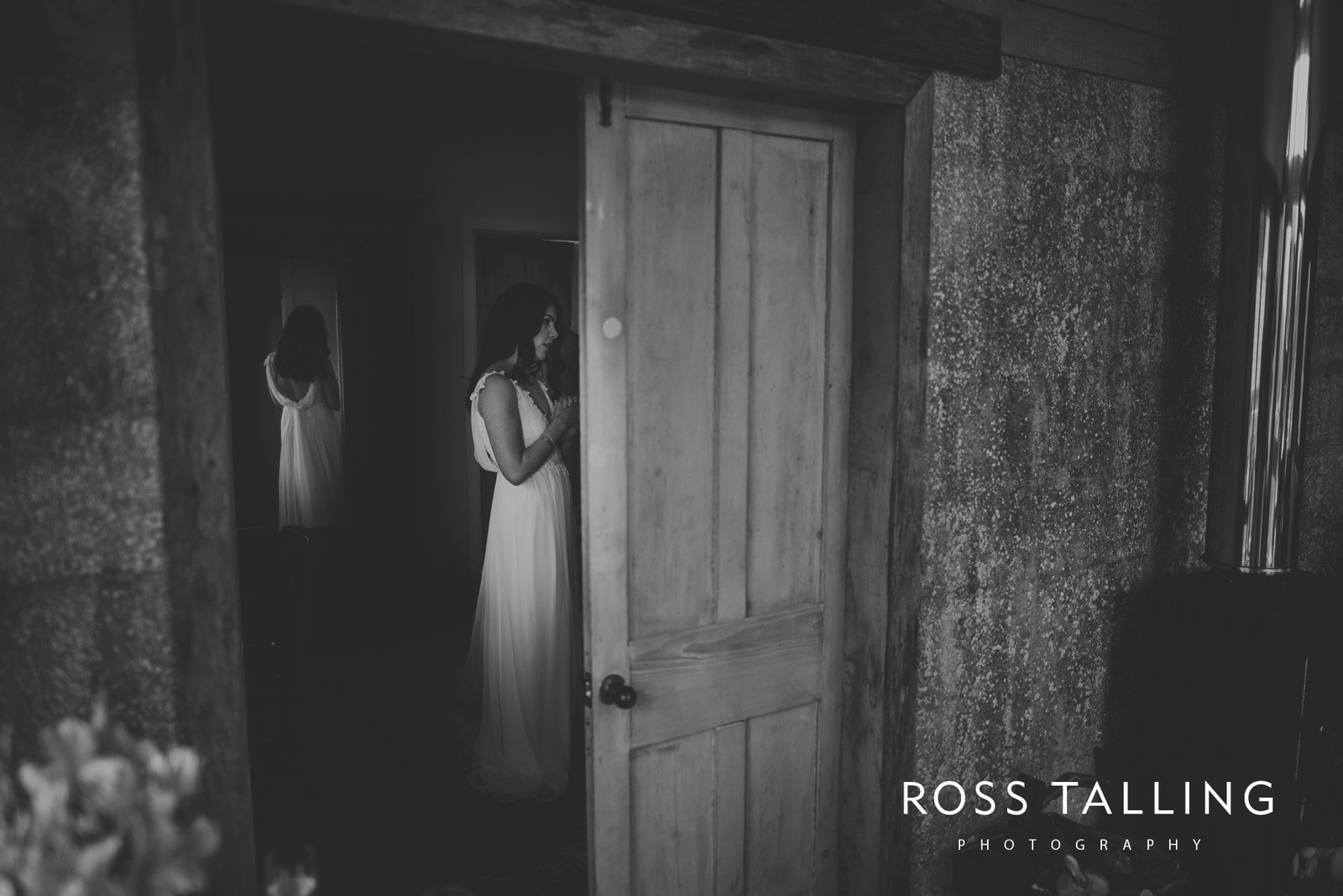 Melanie & Sean's Nancarrow Farm Wedding Photography Cornwall_0015