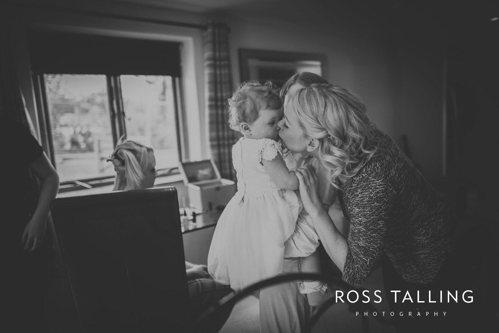 Sarah & Dean's Wedding Photography Cornwall_0027