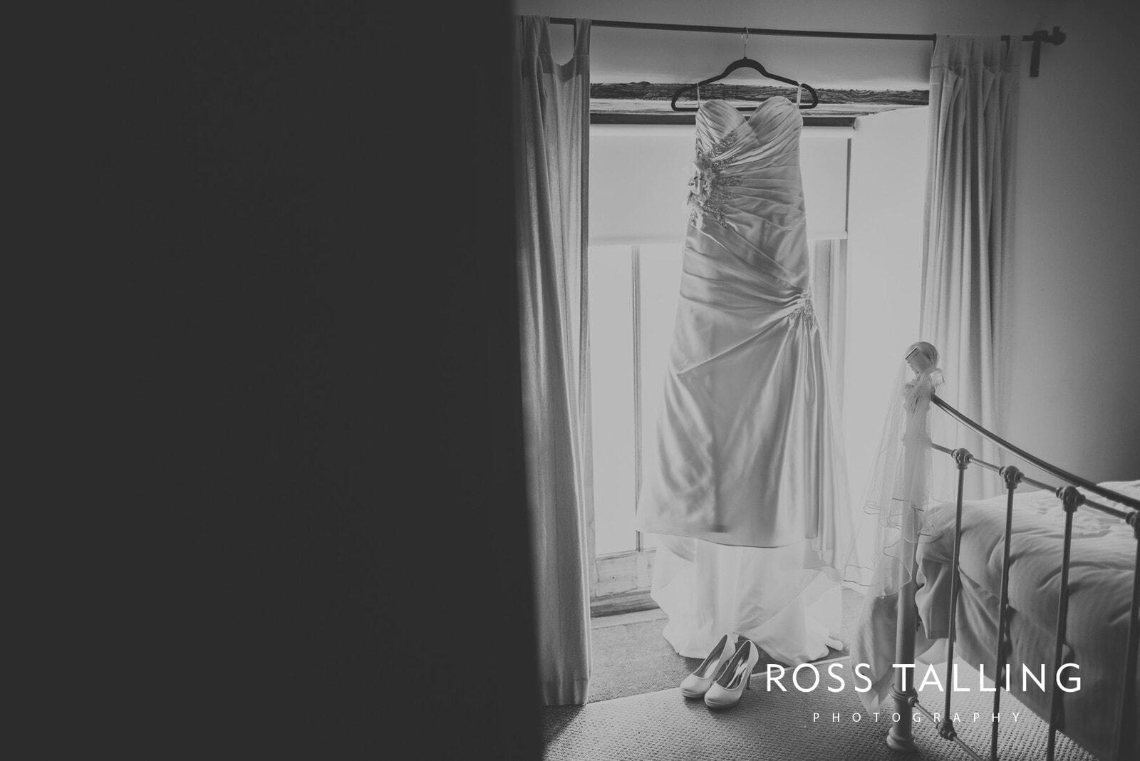 Sarah & Dean's Wedding Photography Cornwall_0005