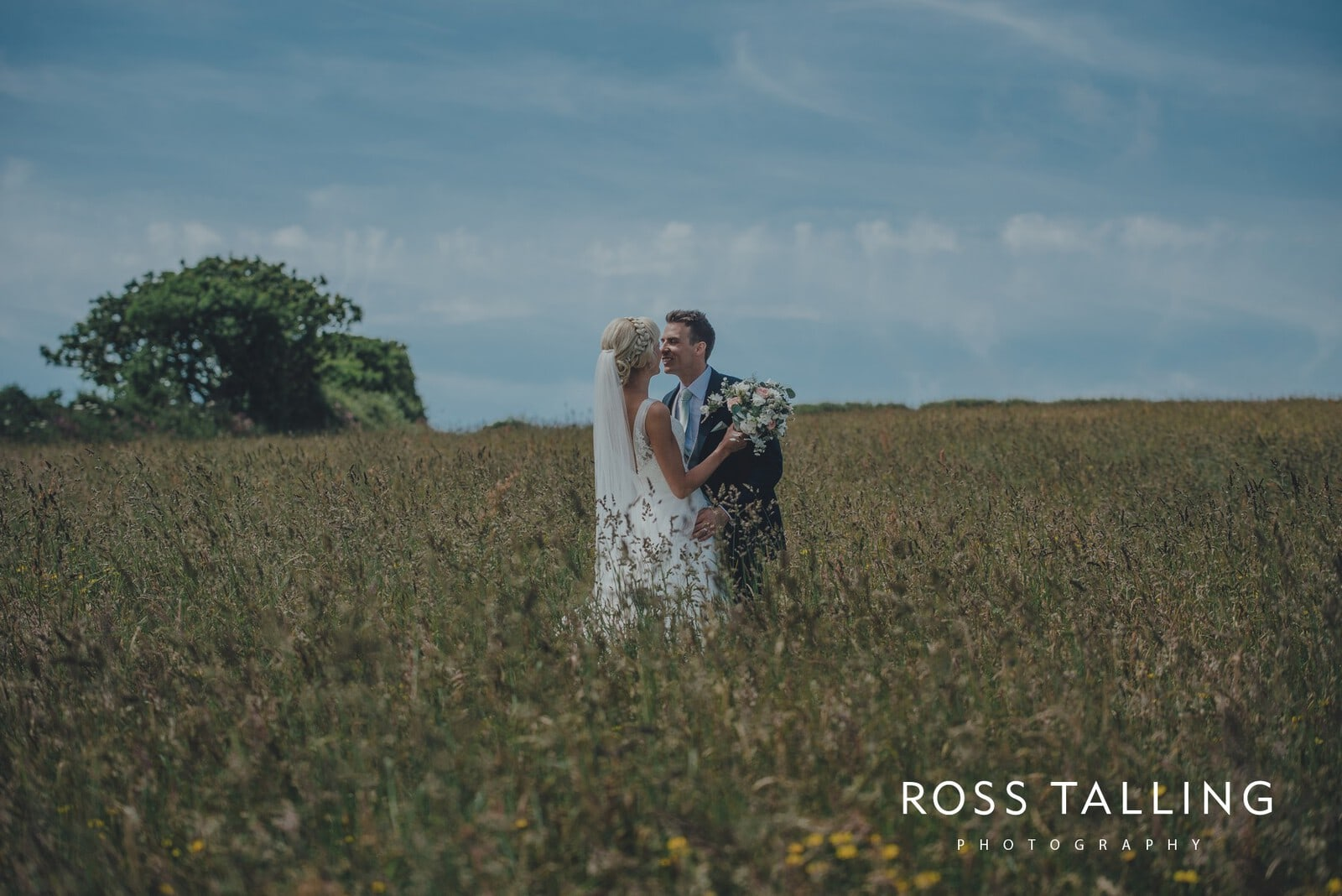 Nancarrow Farm Wedding Photography Cornwall_0112