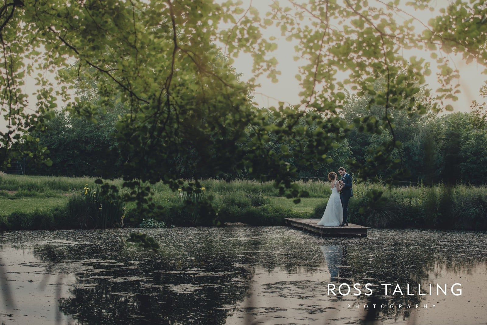 Dewsall Court Wedding Photography Hereford_0212