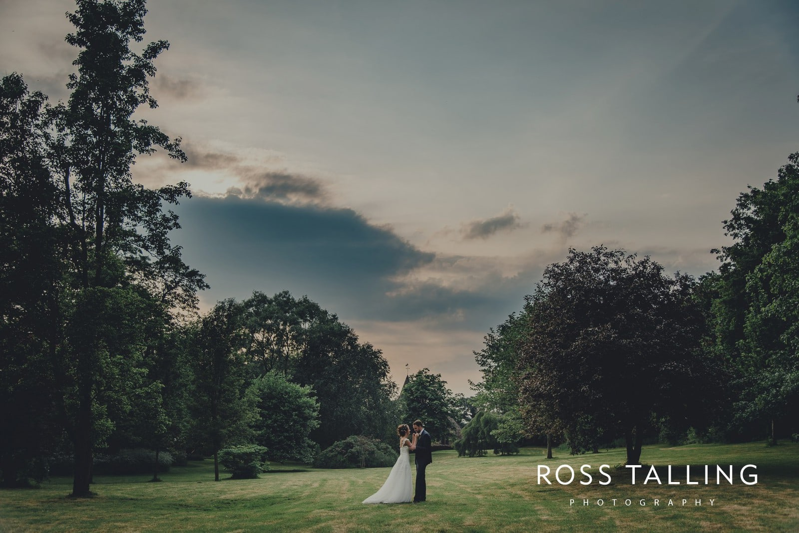 Dewsall Court Wedding Photography Hereford_0202