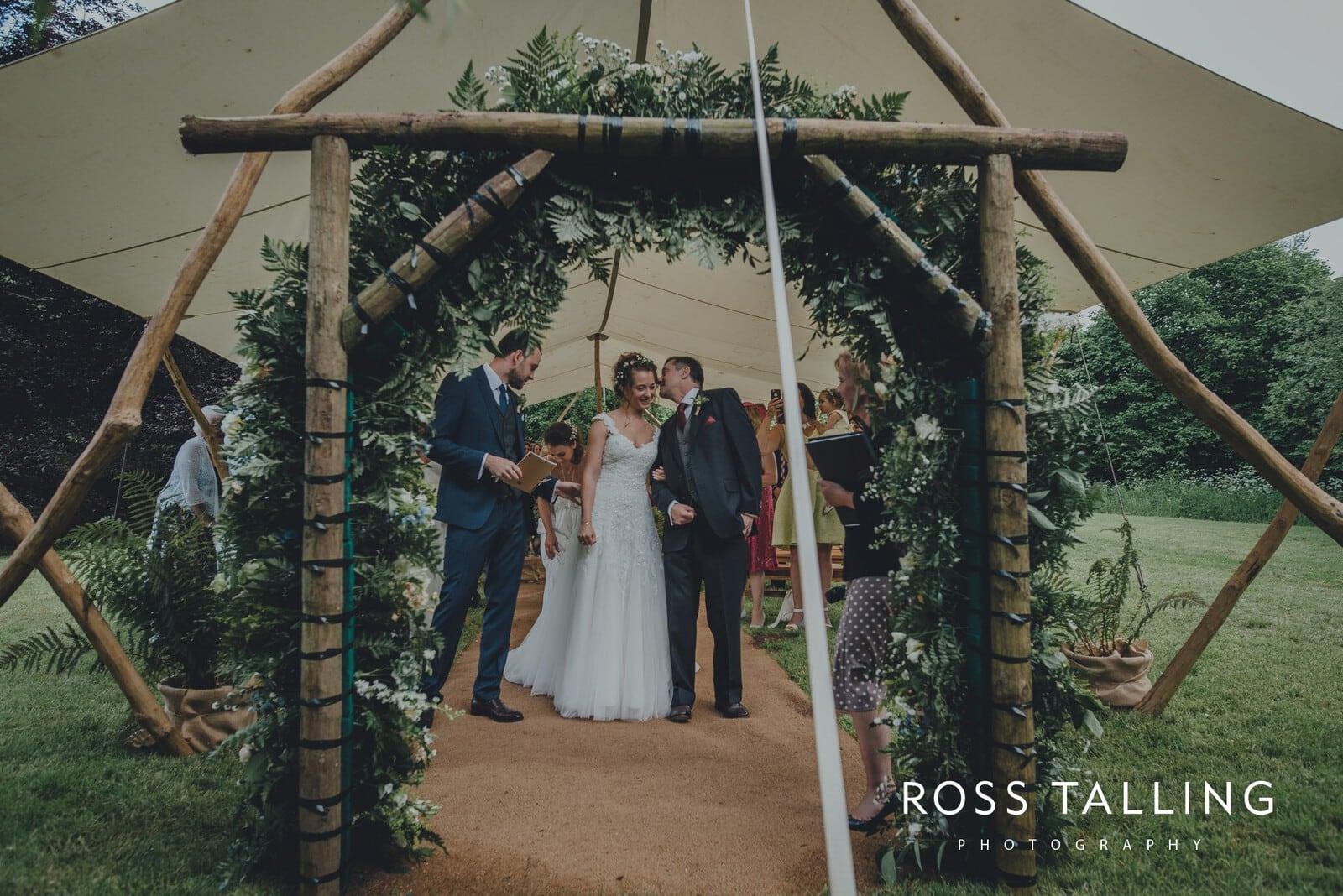 Dewsall Court Wedding Photography Hereford_0072
