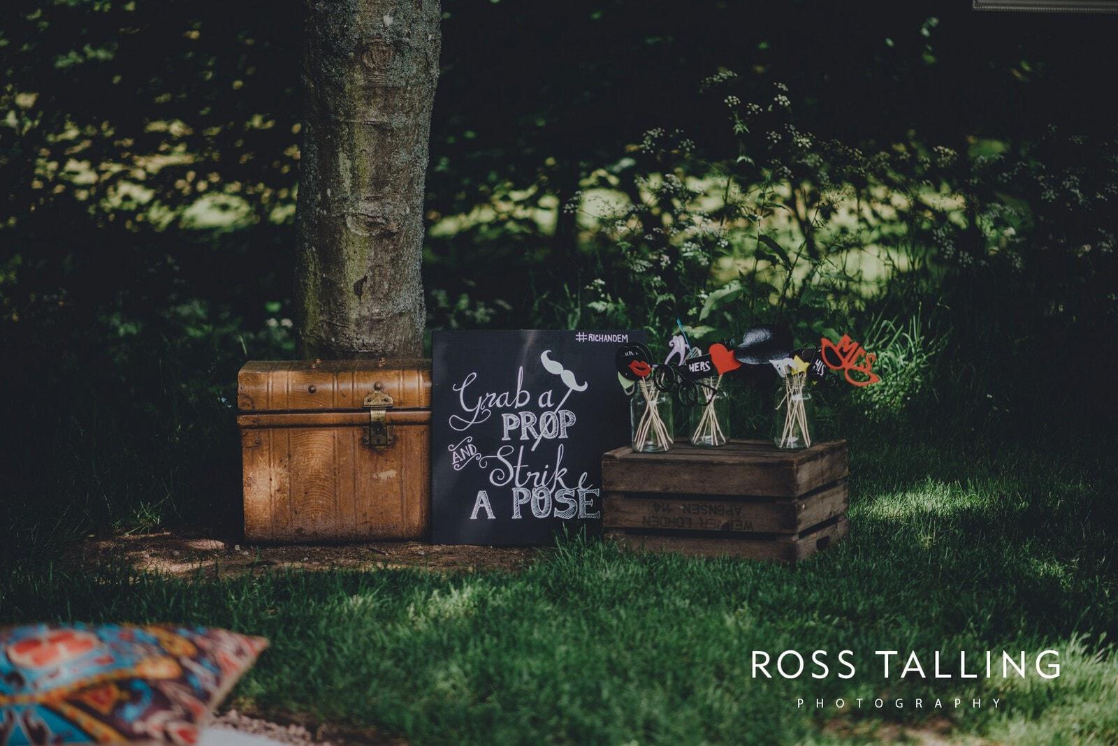 Dewsall Court Wedding Photography Hereford_0015