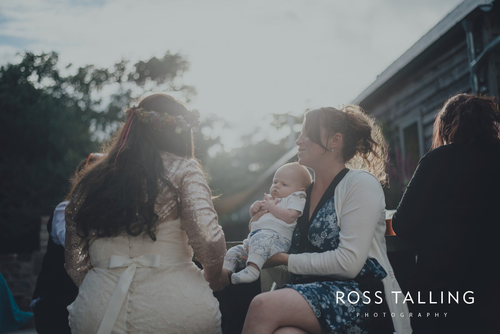 zara-adey-nancarow-farm-wedding-photography-cornwall_0168
