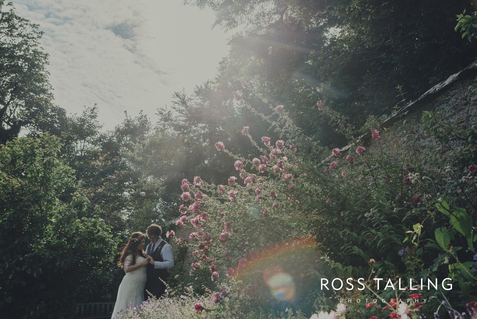 zara-adey-nancarow-farm-wedding-photography-cornwall_0149