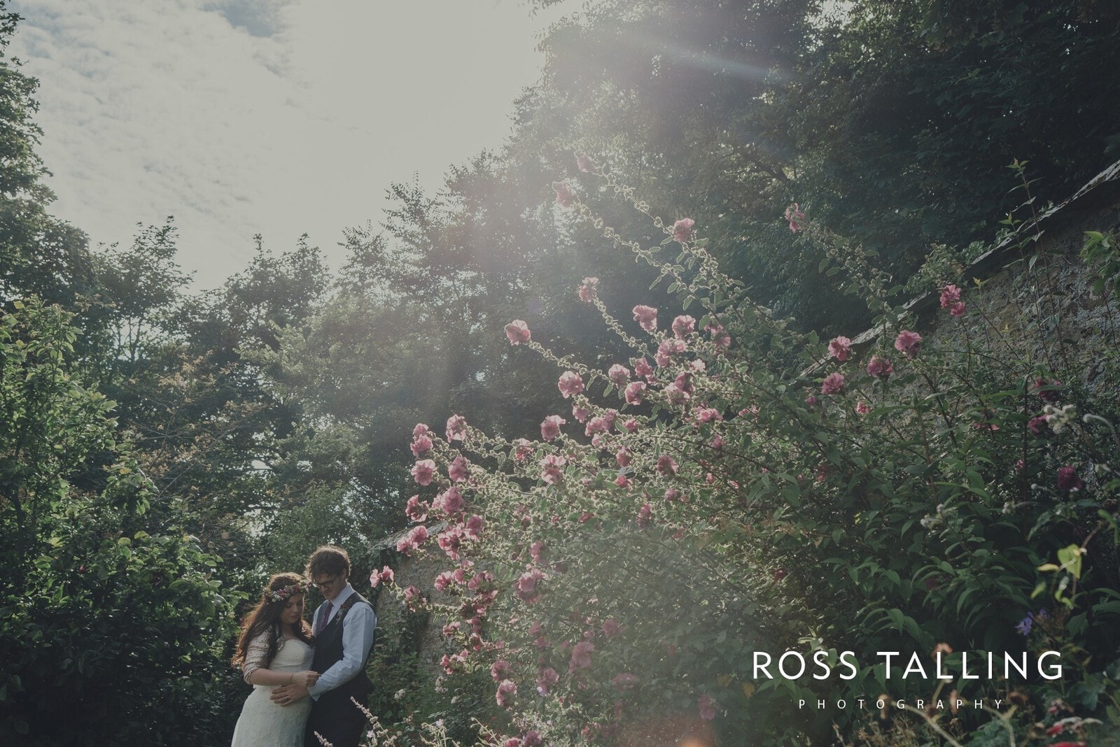 zara-adey-nancarow-farm-wedding-photography-cornwall_0148