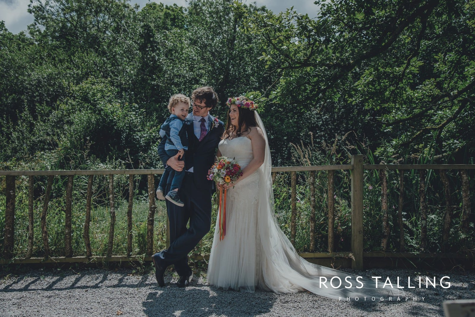 zara-adey-nancarow-farm-wedding-photography-cornwall_0091
