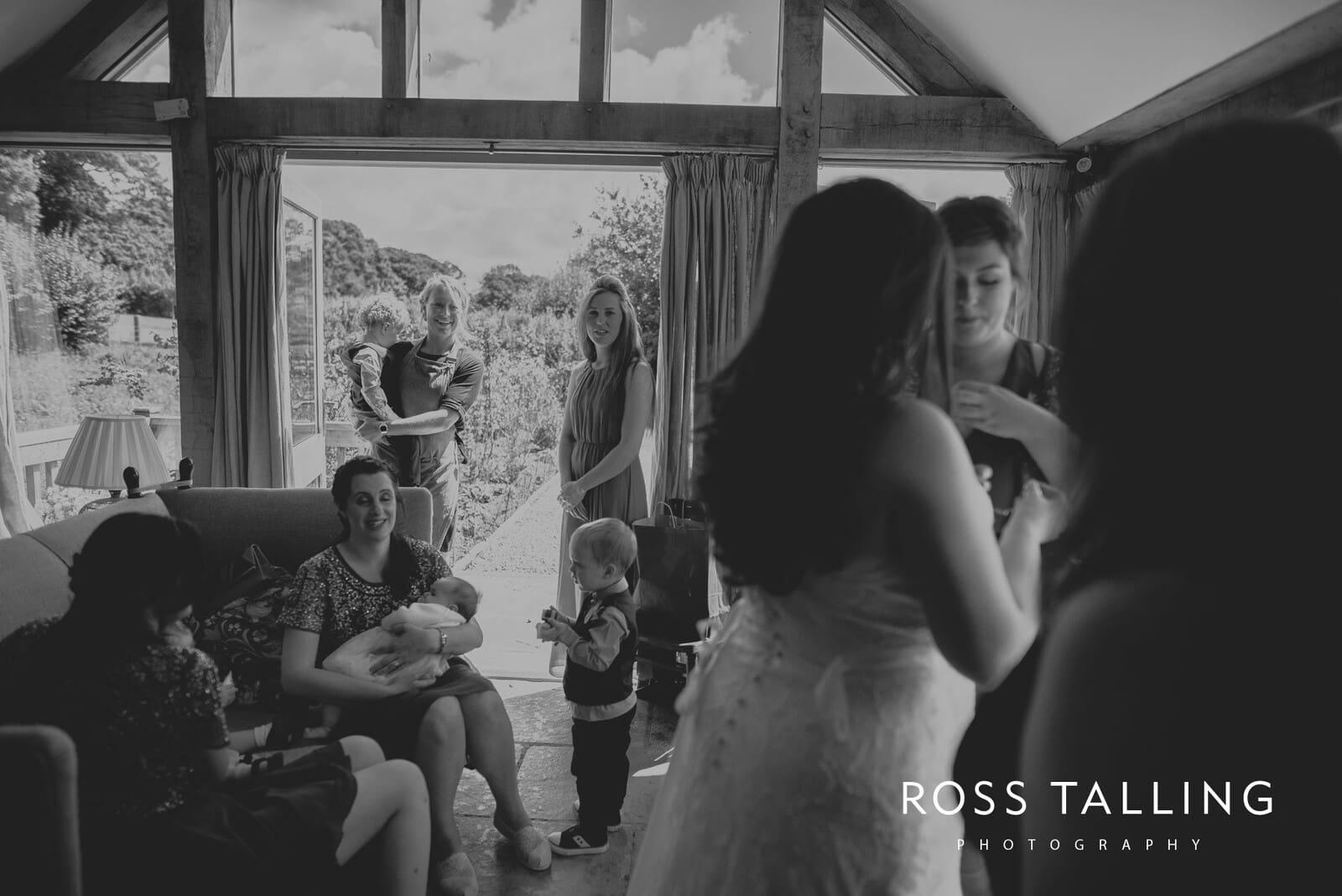 zara-adey-nancarow-farm-wedding-photography-cornwall_0035