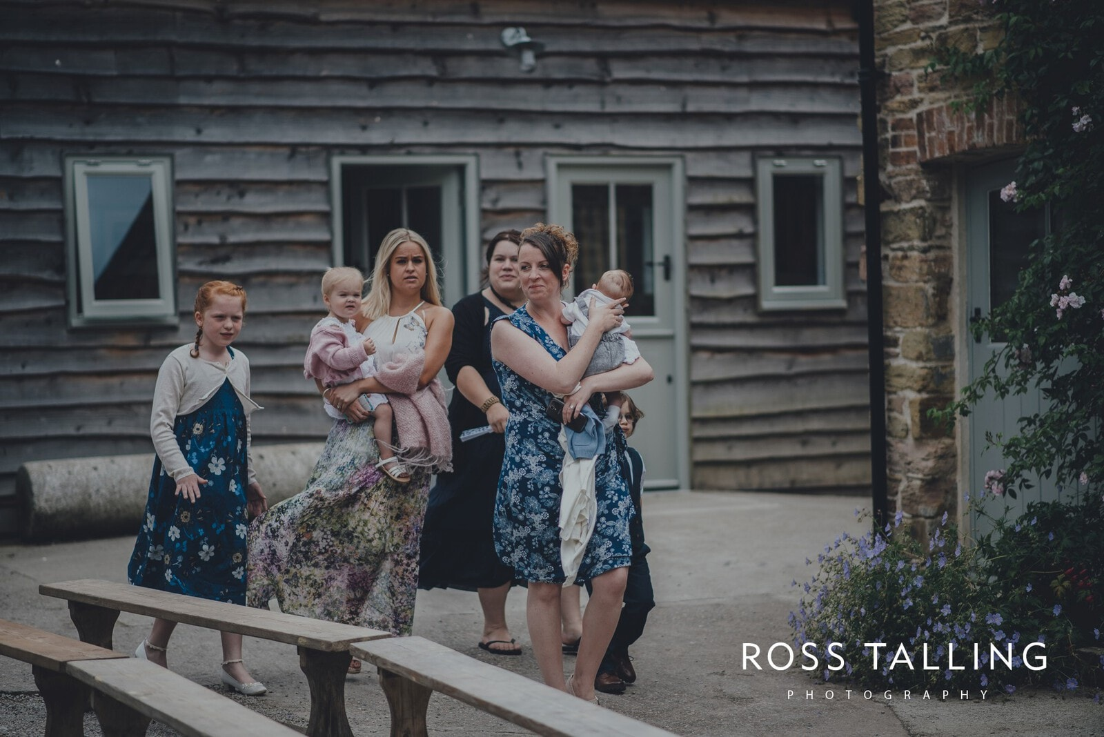 zara-adey-nancarow-farm-wedding-photography-cornwall_0020