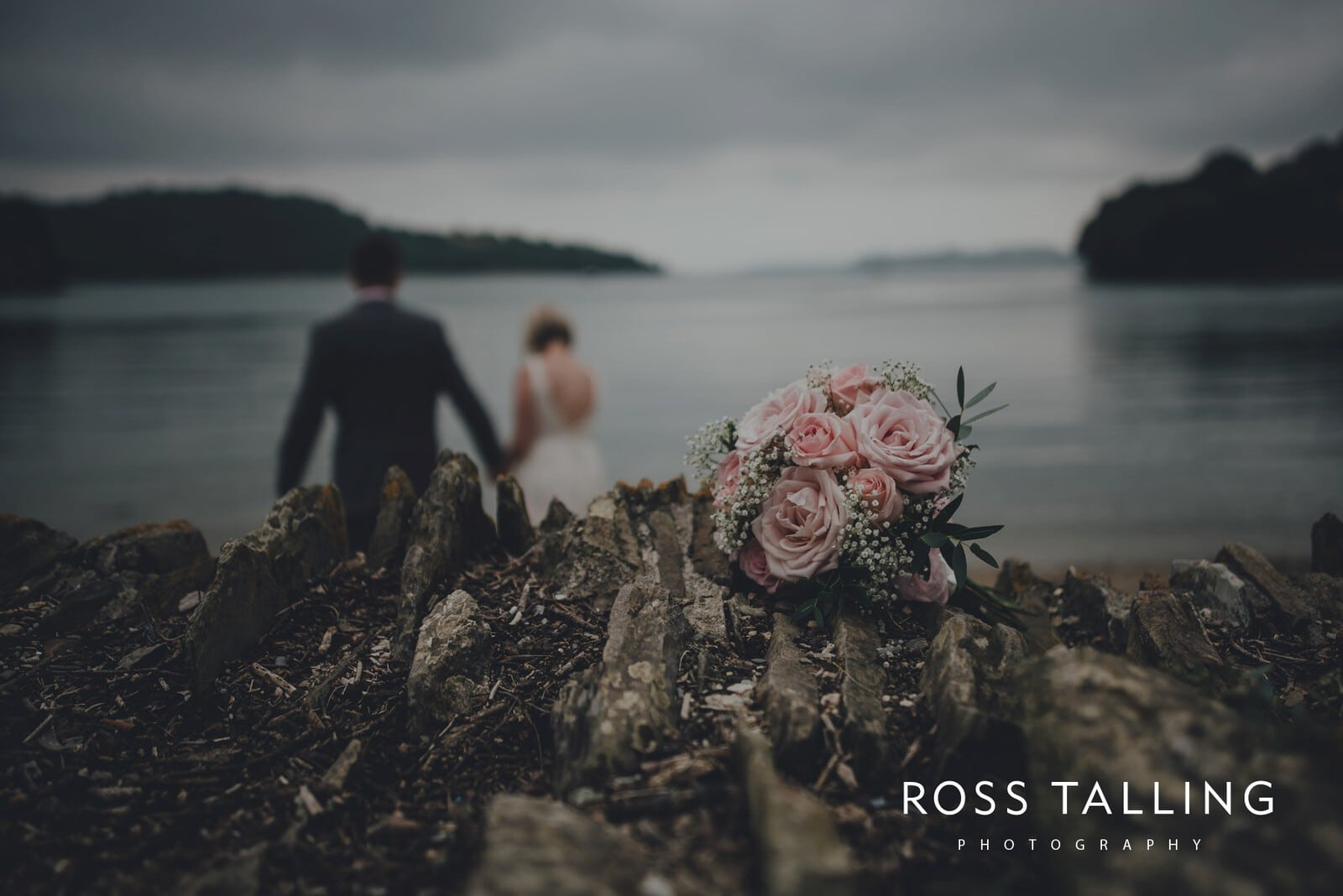 fran-nicks-trelissick-gardens-wedding-photography_0075