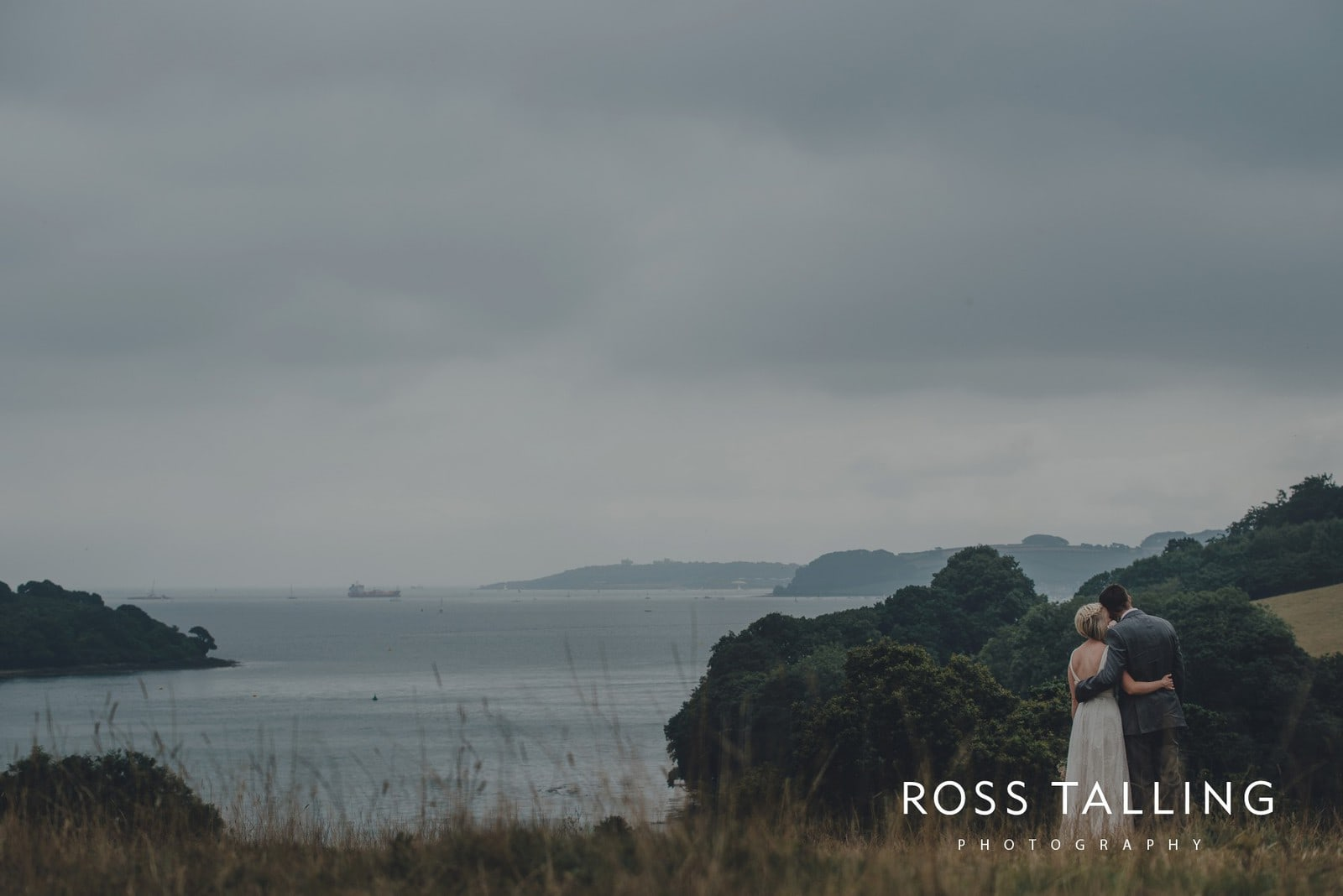 fran-nicks-trelissick-gardens-wedding-photography_0072