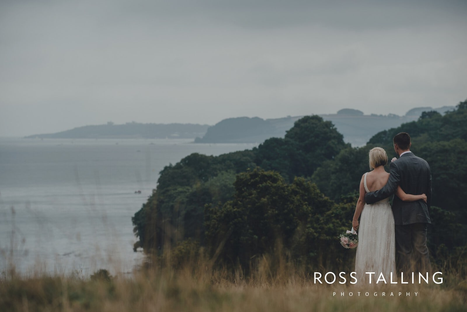fran-nicks-trelissick-gardens-wedding-photography_0071