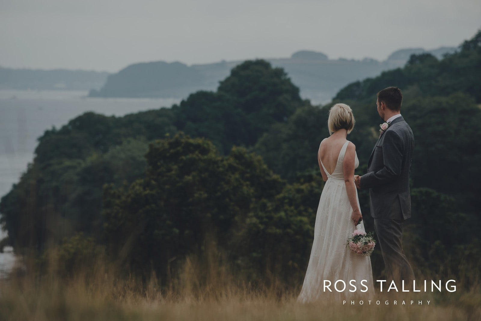 fran-nicks-trelissick-gardens-wedding-photography_0070