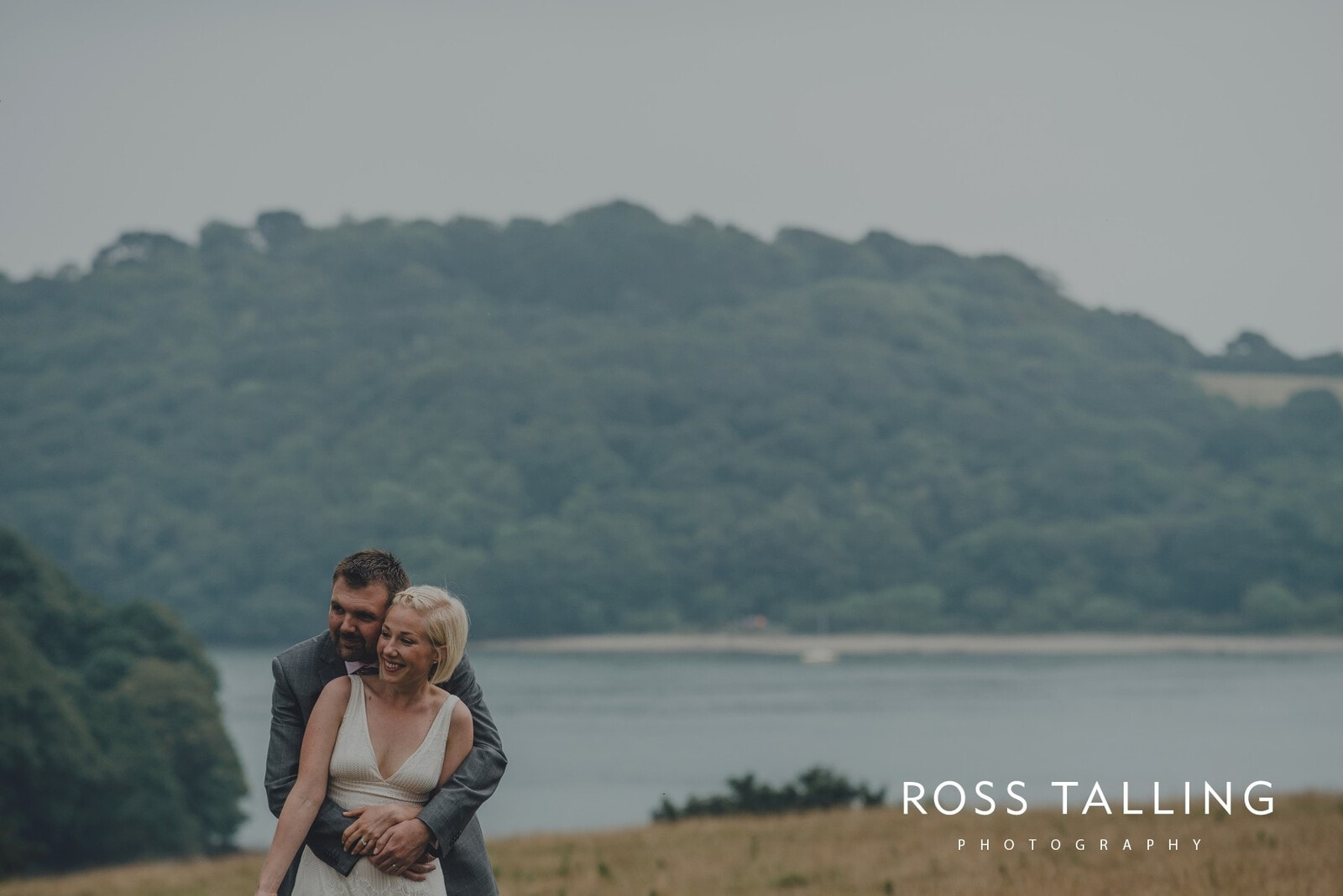 fran-nicks-trelissick-gardens-wedding-photography_0062