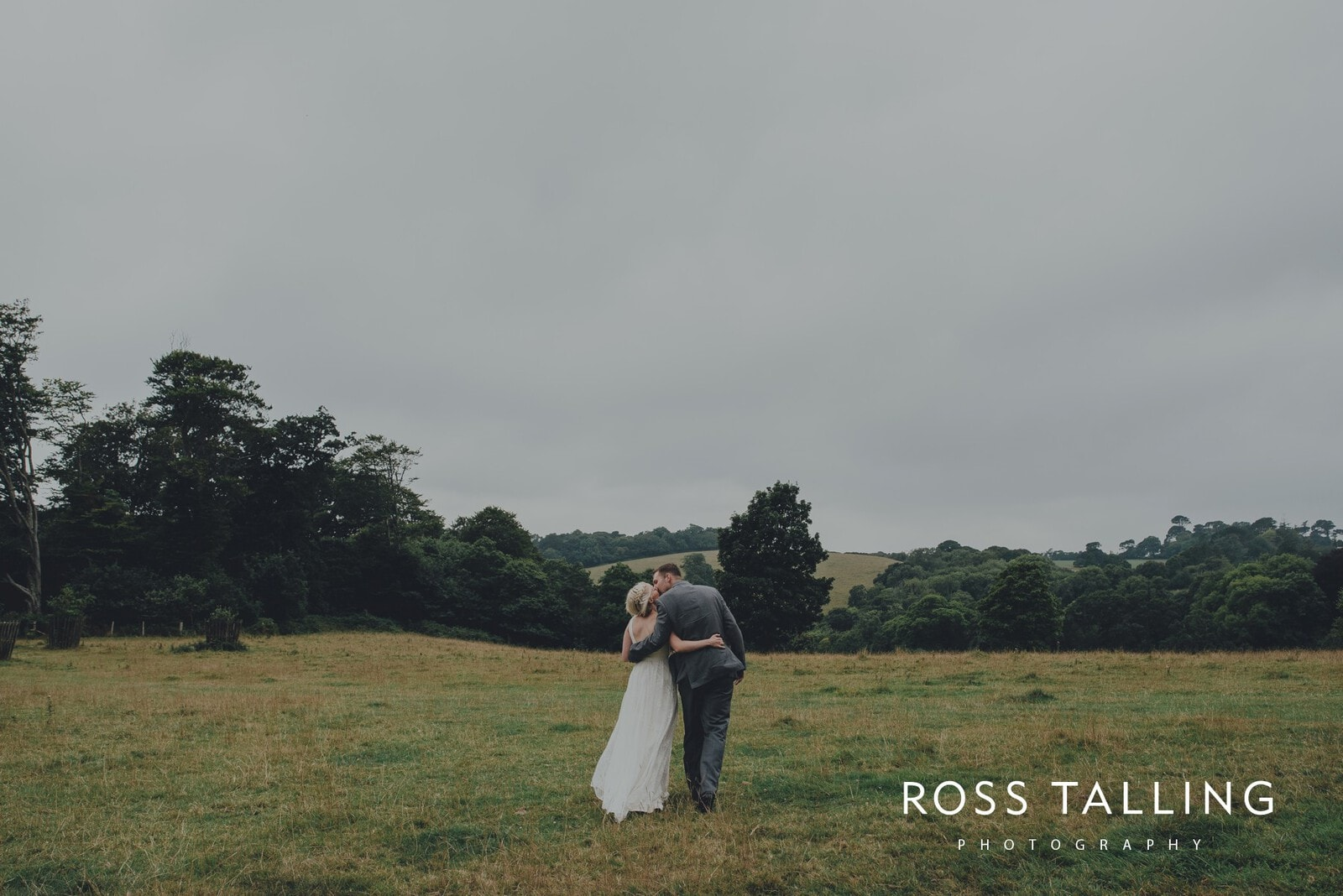 fran-nicks-trelissick-gardens-wedding-photography_0050