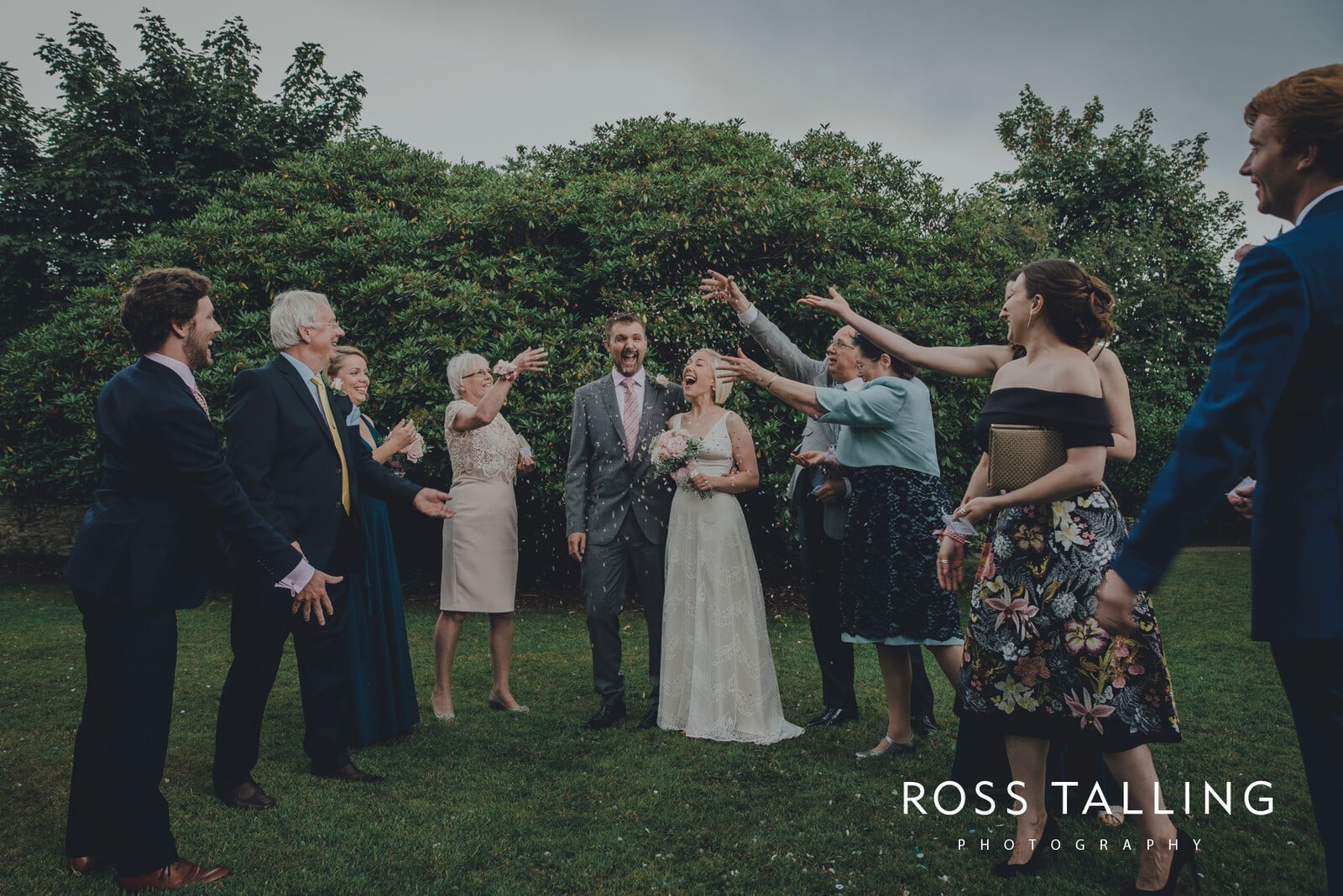 fran-nicks-trelissick-gardens-wedding-photography_0046