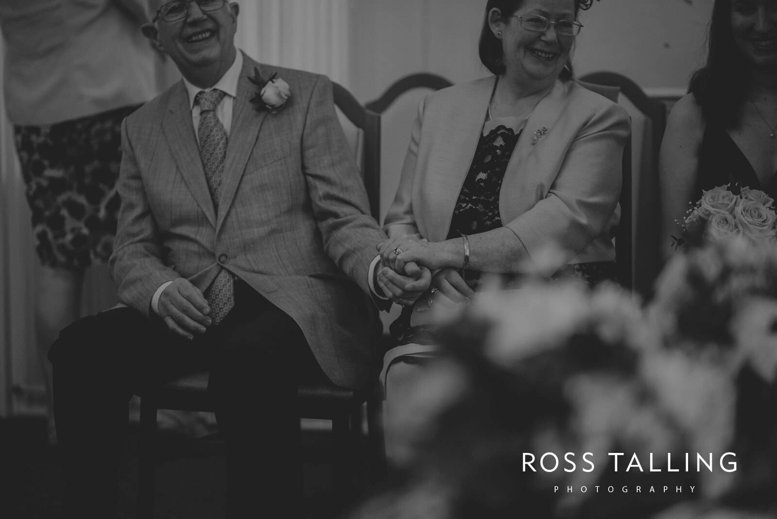 fran-nicks-trelissick-gardens-wedding-photography_0032