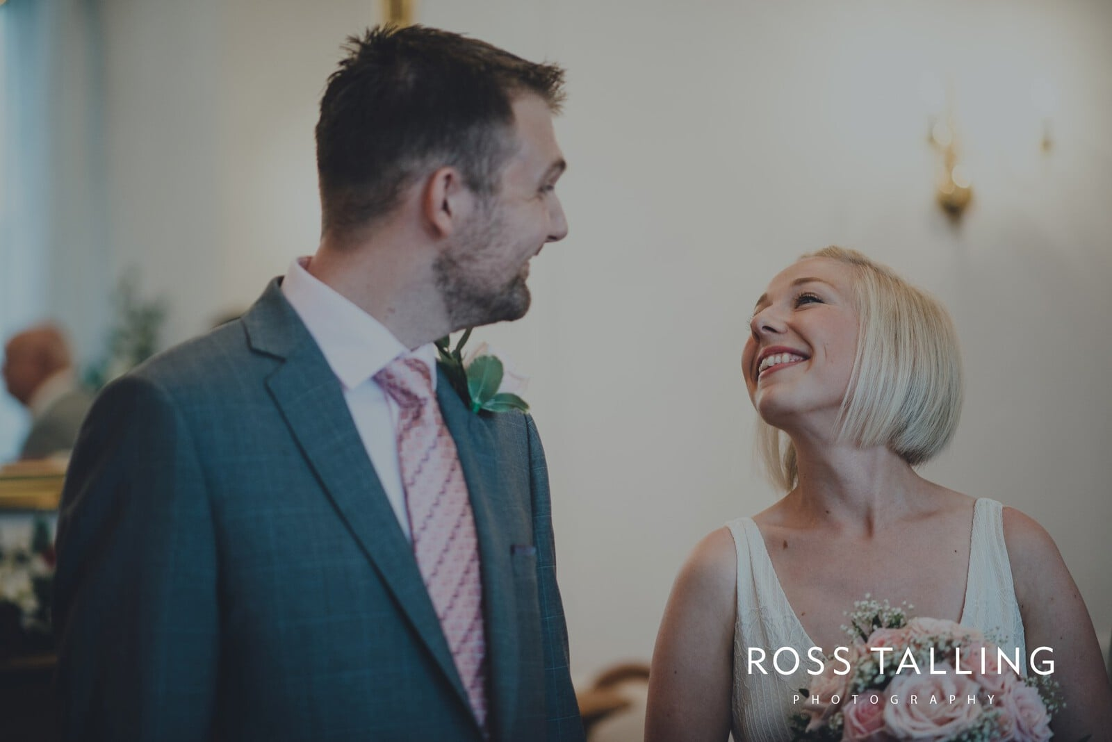 fran-nicks-trelissick-gardens-wedding-photography_0022