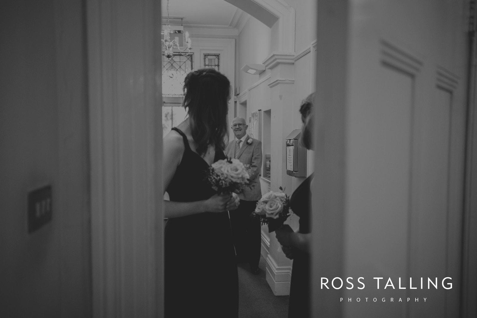 fran-nicks-trelissick-gardens-wedding-photography_0017