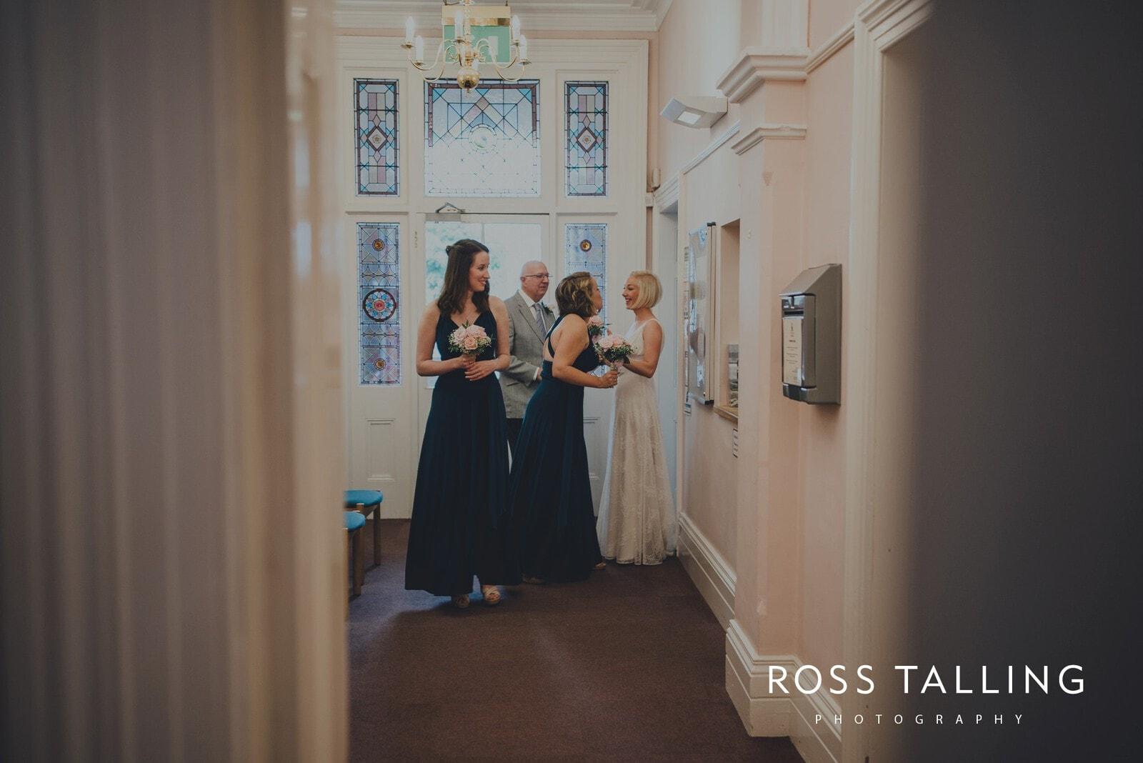 fran-nicks-trelissick-gardens-wedding-photography_0016