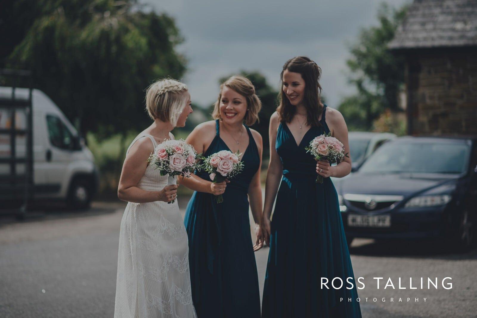 fran-nicks-trelissick-gardens-wedding-photography_0011