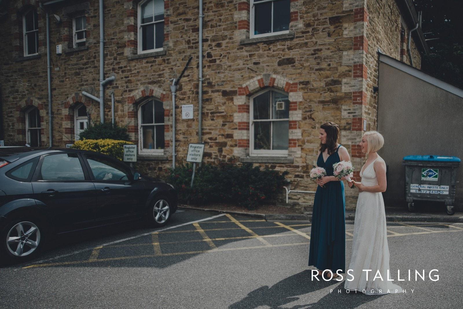 fran-nicks-trelissick-gardens-wedding-photography_0009