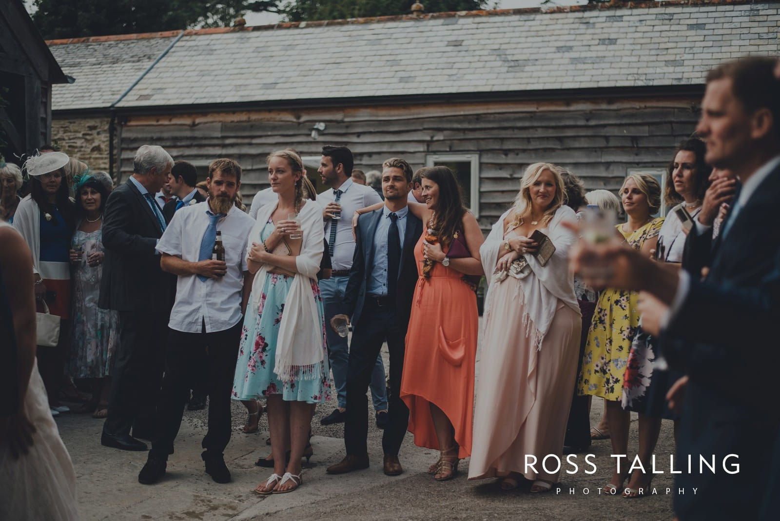 nigel-lauras-nancarrow-farm-wedding-photography_0168