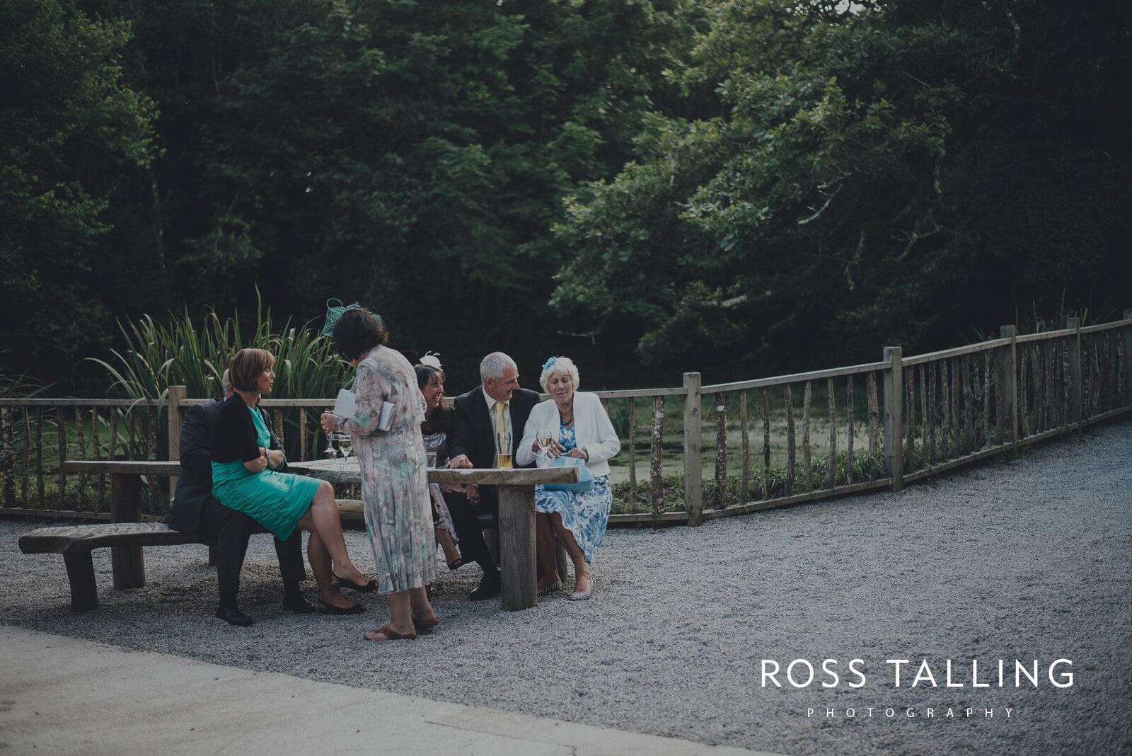 nigel-lauras-nancarrow-farm-wedding-photography_0160