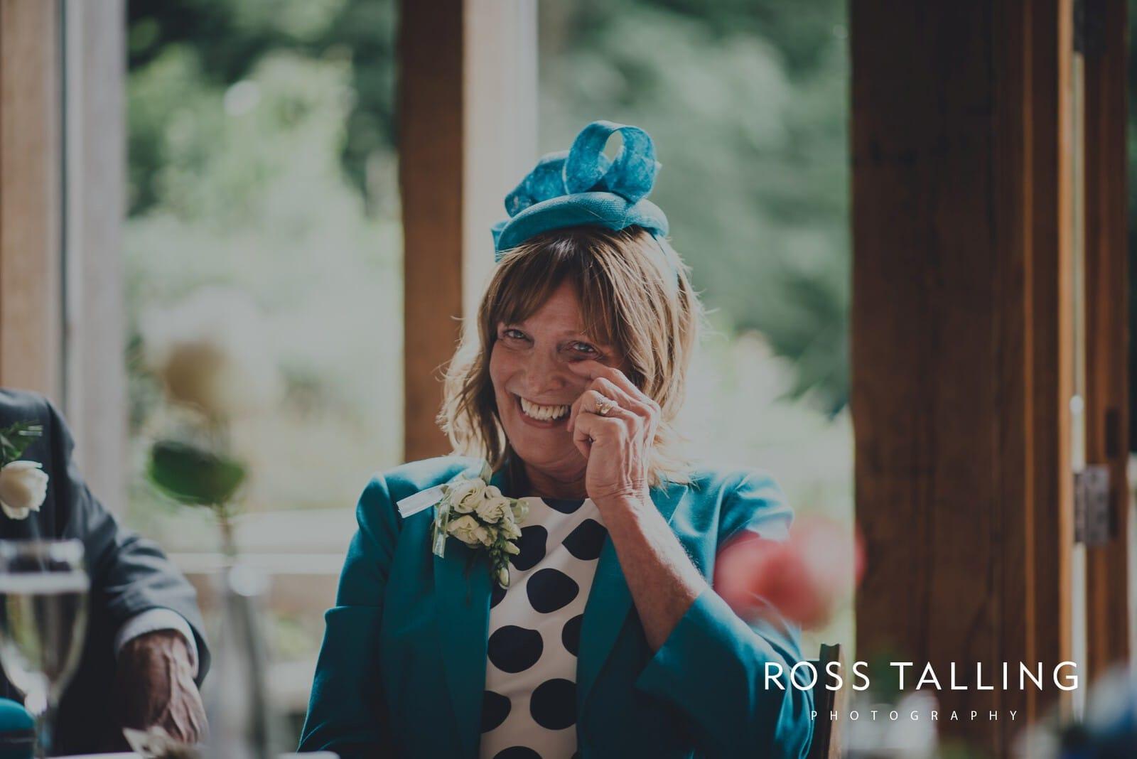 nigel-lauras-nancarrow-farm-wedding-photography_0140