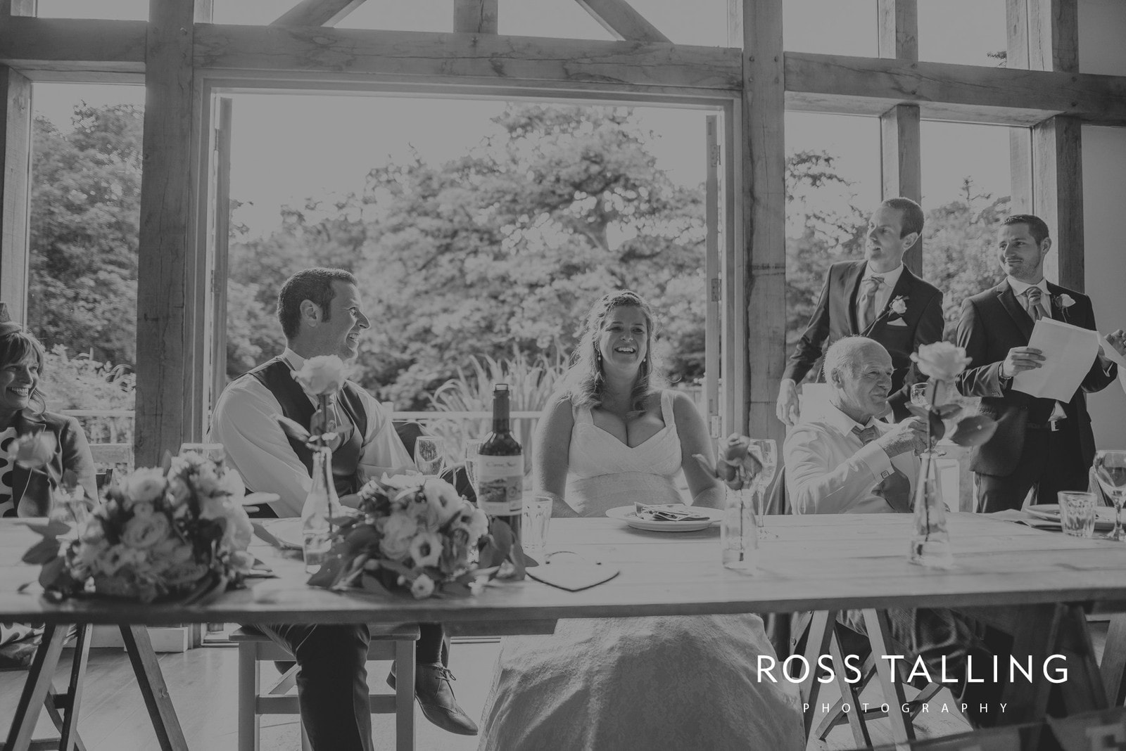 nigel-lauras-nancarrow-farm-wedding-photography_0137